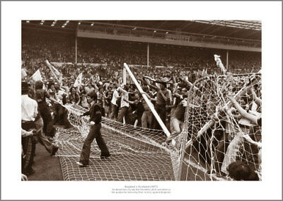 England v Scotland 1977 Fans Pitch Invasion Photo Memorabilia (376)
