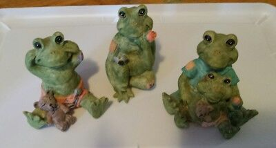 Frog figurine lot , Youngs Inc