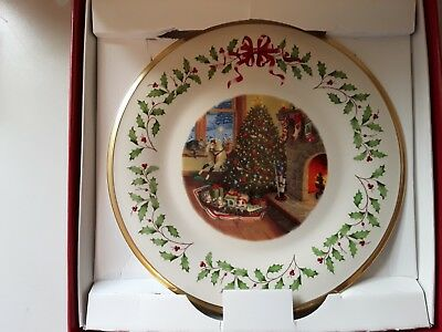 Brand New Lenox Holiday Annual Christmas Plate 2015 New In Box