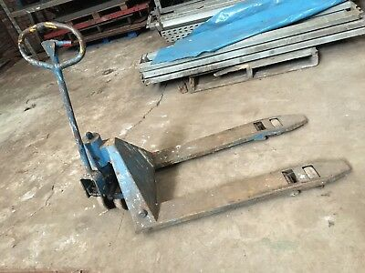 Used Hand Pallet / Pump Truck.