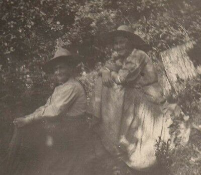 Vintage Postcard Real Photo Old Couple hiding in the shadows AZO c 1907-1909