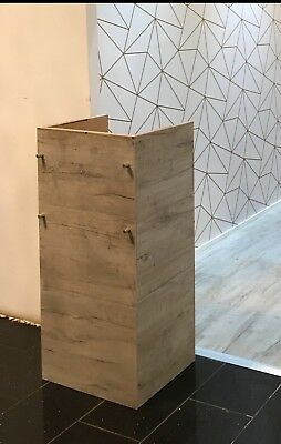 Small wooden reception desk, good for small spaces. Used, in good condition.