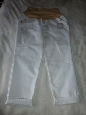 NWT White maternity cropped pants size 16 Slightly Distressed Cute New