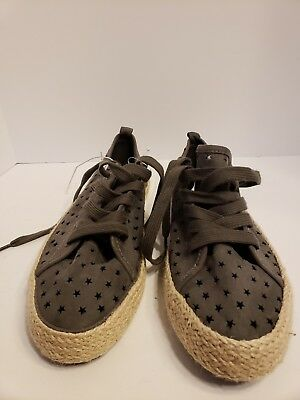 b8d397b8ac00 Universal Thread Target Jena Espadrille Sneakers Gray Star Perforated Shoes  Sz10