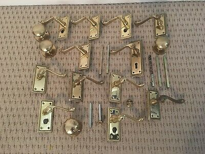 job lot of Victorian brass handles and knobs - 6kg (2 pictures)