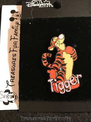 Disney Pin Winnie the Pooh & Friends Name Series Tigger NEW FREE SHIP