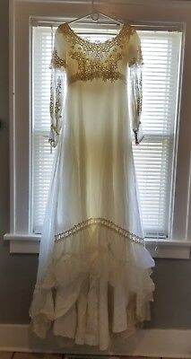 Vintage 40's-50's Priscilla of  Boston White wedding gown and headpiece