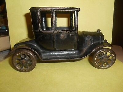 """Antique Cast Iron Arcade 1923 Ford Model T 6 1/2""""turtle Back Coupe Orig Nice Nr"""