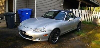 2004 Mazda MX-5 Miata  Rare Stock Low mileage mx-5