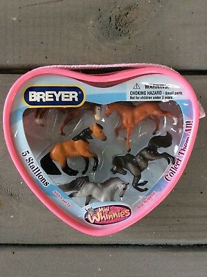 New Pony Horses Mini Whinnies Stallions Unopened Heart Shaped Play Set Breyer