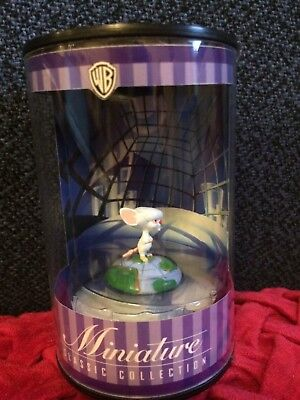 Warner Brothers PINKY and the BRAIN -  BRAIN Miniature COLLECTIBLE  NEW