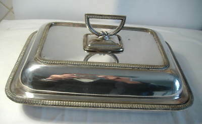 OBLONG SILVER PLATED ENTREE DISH WITH SNAP TOP HANDLE  11 x 8 ins.