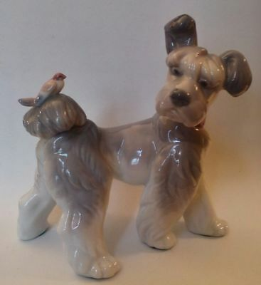 """Lladro  Figurine #6829 """"unexpected Visit""""   New In Box  Terrier Dog With Bird"""