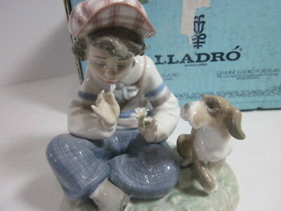 """Lladro  Figurine # 01005450 """"i Hope She Does"""" Collectible   Mint In Orginal Box"""
