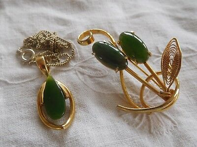 Lovely Vintage 1960s Genuine JADE Necklace & Brooch