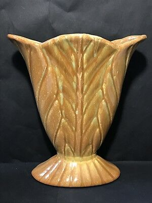 Vintage BENDIGO POTTERY Vase Art Deco Leaf Shape Tan Green Glaze