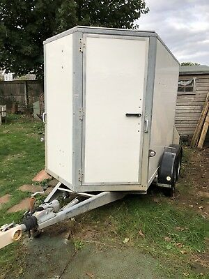 Ifor Williams Box Trailer 2 Axle BV85G
