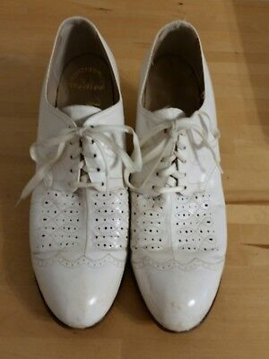 Vintage 1930's - 40's Lace-up Granny Heels Shoes Perforated Stitching White