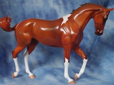 """Peter Stone Glossy Chestnut Pinto Thoroughbred """"Icarus"""" LE-3"""