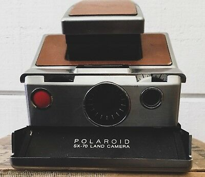 Polaroid SX-70 Chrome + Brown Leather Instant Land Camera Tested