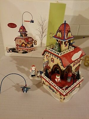 Dept 56 North Pole Holiday Gift Set Checking it Twice Wind-Up Toys