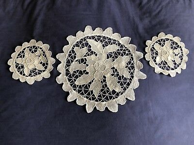 Vintage Beige Italian Point De Venise Lace Set 3 Table Centrepieces / Doilies