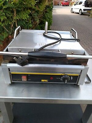 Buffalo L519 Commercial Catering Panini/Burgers/Tortillas Contact Grill 2200W