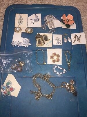 Vintage SIGNED SARAH COVENTRY Lot of 18 Pieces or Sets Brooches , earrings ect