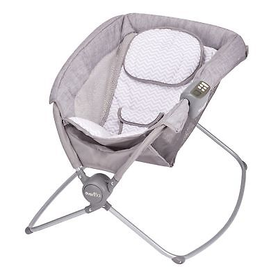 EVENFLO PILLO PORTABLE NAPPER, CHEVRON Gray