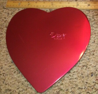 Vintage Valentine Heart Candy Tin Box Dove Chocolate