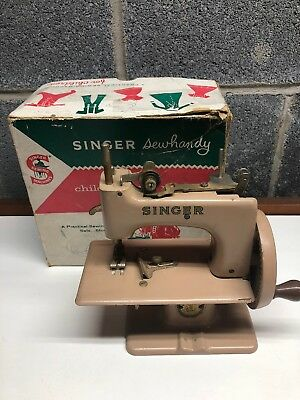 Vintage Singer Sewhandy Model 20 Childs Sewing Machine Made In Great Britain