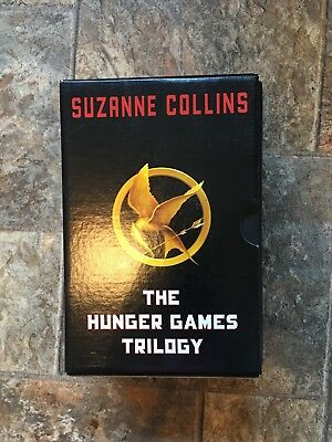 The Hunger Games: The Hunger Games Set by Suzanne Collins (2014, Paperback)