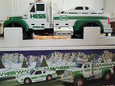 HESS 2011 Toy Truck and Race Car In Original Box with Inserts & Instructions NIB