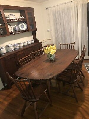 Antique Hunt Country Furniture Walnut Dining Room Table - 6 Chairs (adjustable!)