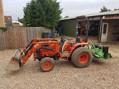 kubota st30 compact tractor starts and runs well with loader and implements