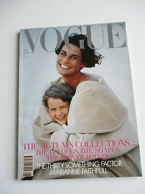 Vogue Magazine August 1989 - 206 pages - In good condition