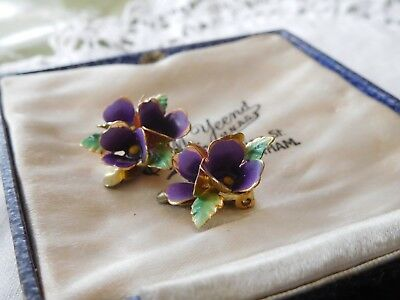 Pretty Art Deco VIOLETS Clip On Earrings