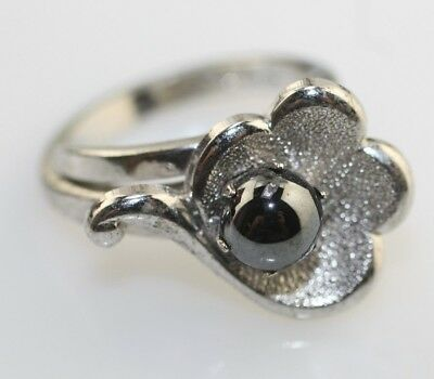 Park Lane Retired imitation Black Pearl Ring Silver tone Size 7 adjustable