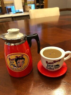 BETTY BOOP coffee pot/cup salt & pepper shakers NEW  2005 King Features