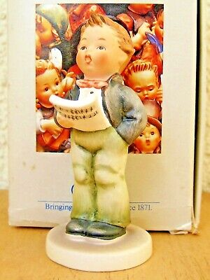 "Goebel Hummel Figurine ""soloist"" Hum #135 4/0 Tmk6 Mint In Box C097"