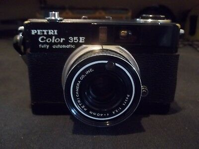 Petri Color 35 E  Camera Black Front