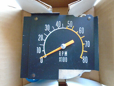 MOPAR NOS 1968 1969 1970 b body SUPER BEE ROAD RUNNER SATELLITE TACHOMETER R/T