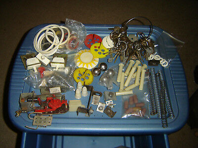 Pinball Machine Parts Lots Of Parts As Pictured Plus Big Ring Of Keys, Old Stuff