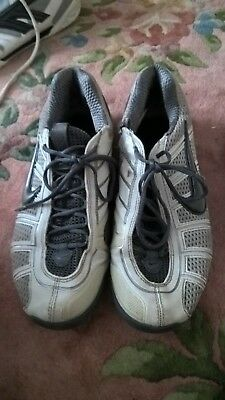 7de4692adcb Nike Air Zoom Fencing Shoes Trainers Women S Size 6 Damage On Left