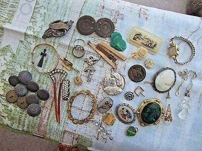 VICTORIAN and VINTAGE JOB LOT OF JEWELLERY - Some A.F.