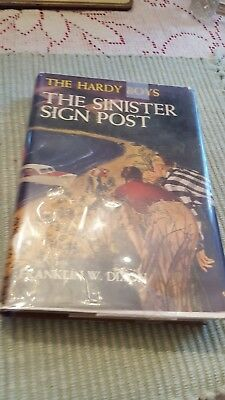 The Hardy Boys The Sinister Sign Post cprt. 1936 w/orig. DJ