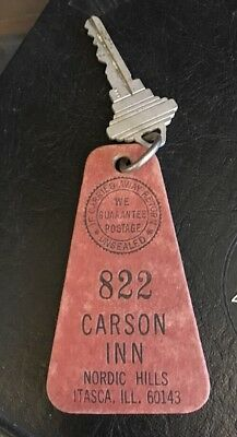 Antique Vtg Carson Inn Hotel Room Key Keychain Fob Itasca Illinois
