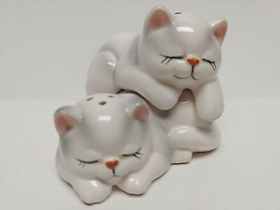 Vintage Norcrest Sleeping Kitten Cat Hugger Salt Pepper Shakers