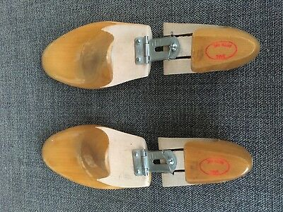 RARE Vintage Saks Fifth Ave Mackay Wood Articulated Shoe Trees 7D