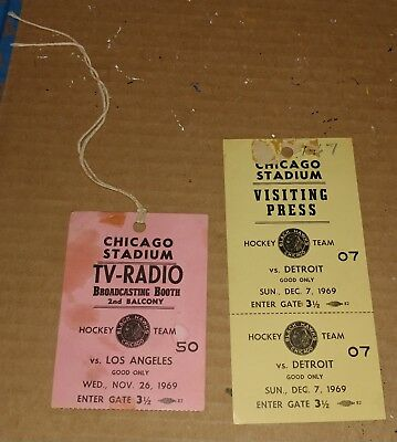 2 CHICAGO BLACKHAWKS 1969-70 Press Passes